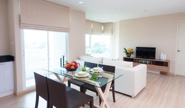 5 tips om je kamer groter te laten lijken landidee - Salon decoracion comedor moderno ...